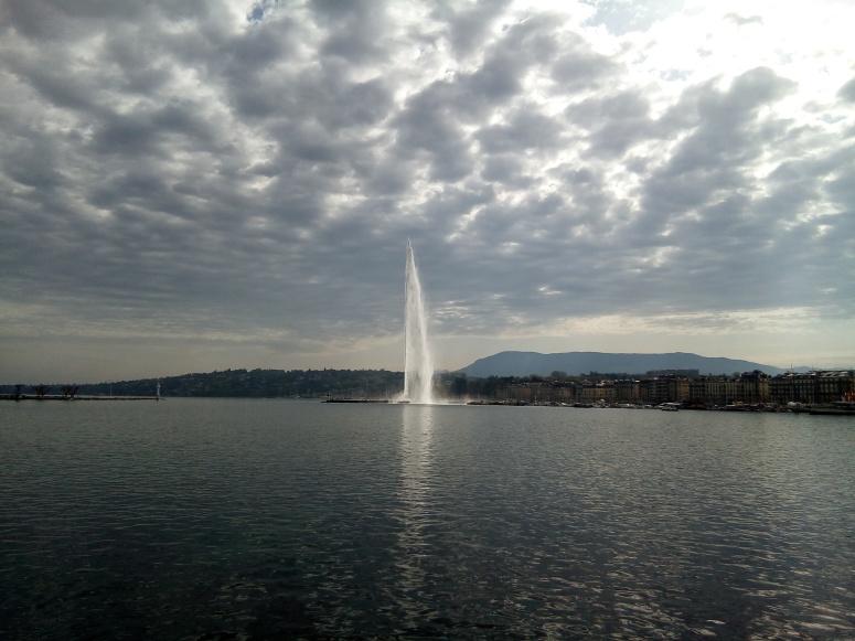 geneva fountain2